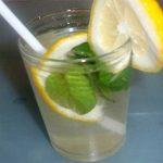 Esta bebida refrescante vai alisar a tua barriga em apenas 4 dias!
