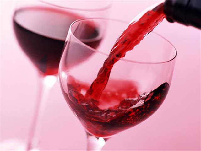 beber_vinho_antes_deitar_emagrece