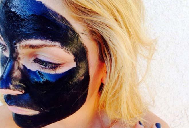 mascara_preta_remover_pontos_negros_1
