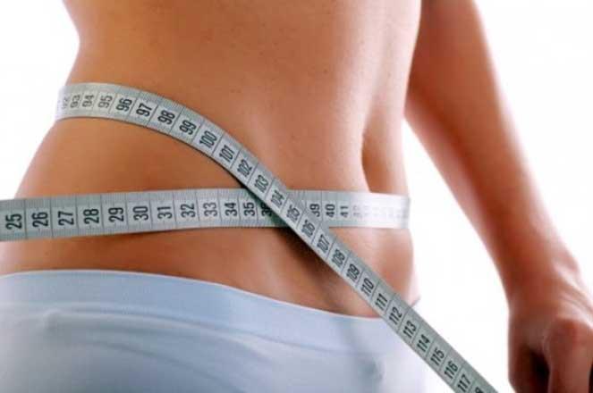 Como perder o peso sem dietas em 7 quilogramas durante um mês em condições de casa