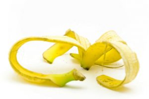 Remedios-caseiros-usando-casca-de-banana-1