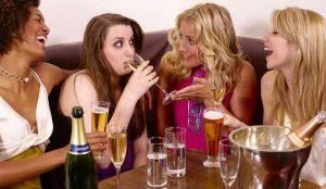 women_drinking