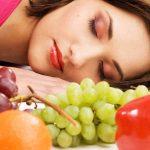 Veja como melhorar o seu sono comendo estes 8 alimentos