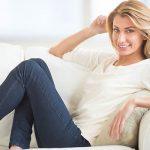 Estudo diz que mulheres deviam ir para o sofá 10 minutos quando chegam a casa