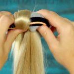 Depois de ver isto, as mulheres vão começar a enrolar meias no cabelo! Se não acreditas, vê isto e já vais acreditar!