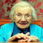 Mulher de 109 anos afirma que o segredo para viver mais e melhor é evitar os homens!
