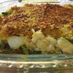 Bacalhau no forno com broa e grelos! Um prato que vai deliciar os amantes de bacalhau!
